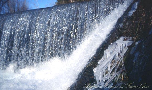 600 acqua ghiaccio pratovecchio jpg
